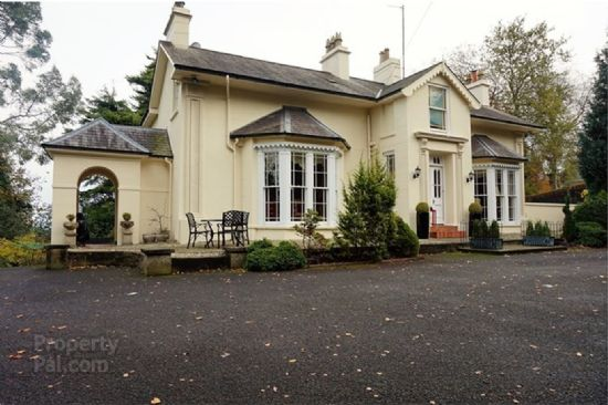 Inver Lodge, 7 Whitlas Brae, Larne, BT40 3BY